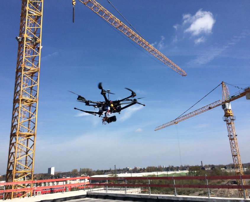 Kostengünstige präzise Vermessung per Drohne